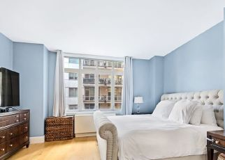 Foreclosed Home en W 22ND ST, New York, NY - 10011