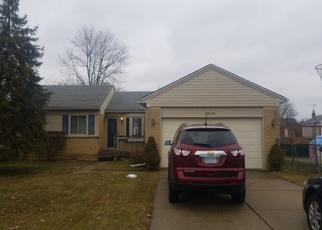 Foreclosed Home en BROOKVIEW CT, Canton, MI - 48188
