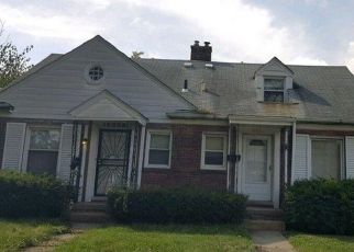Foreclosed Home en EVERGREEN RD, Detroit, MI - 48223