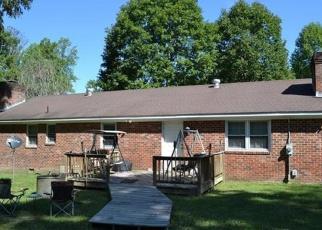 Casa en ejecución hipotecaria in Dinwiddie Condado, VA ID: P1261280