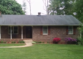 Foreclosed Home en WILDWOOD DR, Madison Heights, VA - 24572
