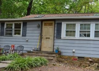 Casa en ejecución hipotecaria in Haymarket, VA, 20169,  QUAKER RD ID: P1261365