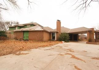 Foreclosed Home in N LAKEVIEW MANOR DR, Bethany, OK - 73008
