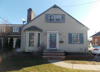 Foreclosed Home in OCEAN AVE, Lynbrook, NY - 11563