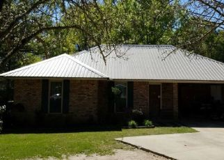 Foreclosed Home in MUSTANG AVE, Baton Rouge, LA - 70818