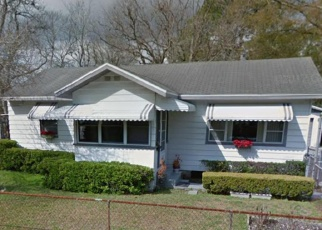 Foreclosed Home en W 15TH ST, Jacksonville, FL - 32209