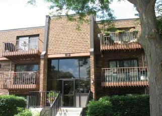 Casa en ejecución hipotecaria in Schaumburg, IL, 60193,  WATERFORD RD S ID: P1266078