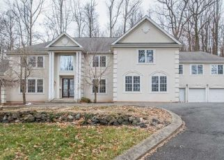Foreclosed Home in MOUNTAIN AVE, West Orange, NJ - 07052