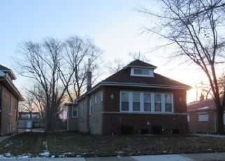 Foreclosed Home in S LONGWOOD DR, Chicago, IL - 60643