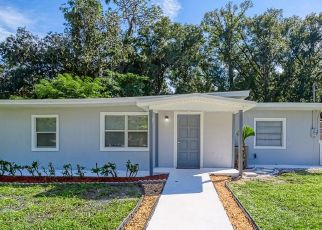 Foreclosed Home in TANGLEWOOD LN, Jacksonville, FL - 32211