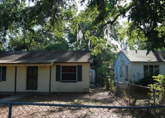Foreclosed Home en 3RD AVE, Jacksonville, FL - 32208
