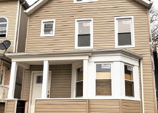 Foreclosed Home in S PARK ST, Elizabeth, NJ - 07206