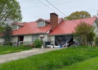 Foreclosed Home in ROBINSON DR, Louisville, TN - 37777