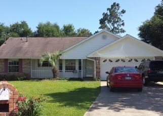 Foreclosed Home en HIGH KNOLL CT, Milton, FL - 32570