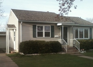 Foreclosed Home en BENTON AVE, Eau Claire, WI - 54701