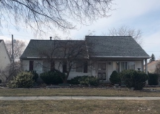 Foreclosed Home en CENTRAL ST, Romulus, MI - 48174
