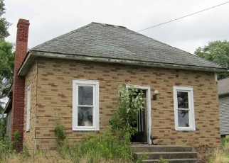 Foreclosed Home in W MAIN ST, Elizabeth, IL - 61028
