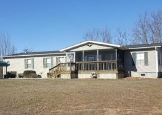 Foreclosed Home en ROARK MILL RD, Hurt, VA - 24563
