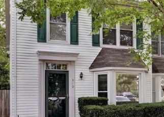 Foreclosed Home en ARABIAN CIR, Yorktown, VA - 23693