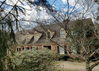 Foreclosed Home en BURWELL CT, Williamsburg, VA - 23185