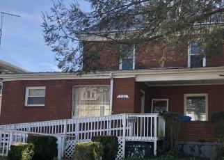 Foreclosed Home en RORER AVE SW, Roanoke, VA - 24016