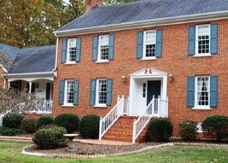 Foreclosed Home en NETHERFIELD DR, Midlothian, VA - 23113