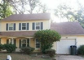 Foreclosed Home en LITTLE JOHN PL, Newport News, VA - 23602
