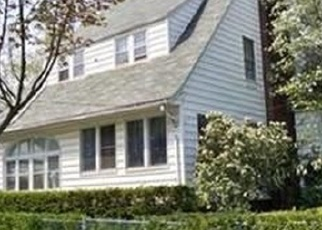 Foreclosed Home en WORK DR, Akron, OH - 44320