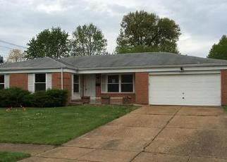 Foreclosed Home en ORLEANS LN, Florissant, MO - 63031