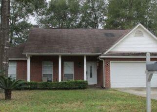 Foreclosed Home en OVERLOOK DR, Pensacola, FL - 32503