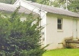 Foreclosed Home en CASSEL RD, Coopersburg, PA - 18036