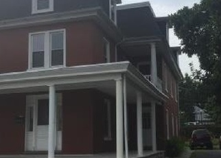 Foreclosed Home en S STATE ST, Brownstown, PA - 17508