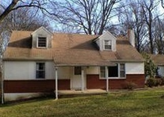 Foreclosed Home en ROCK RAYMOND RD, Downingtown, PA - 19335