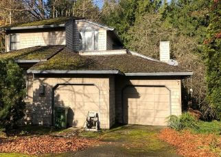 Foreclosed Home in BRIERCLIFF LN, Lake Oswego, OR - 97034