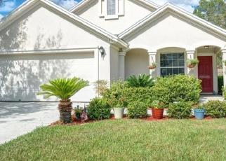 Foreclosed Home en MOOSEHEAD DR, Orange Park, FL - 32065