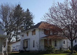 Foreclosed Home en W 11TH ST, Lorain, OH - 44052