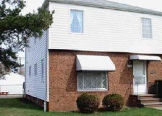Foreclosed Home en NICHOLAS AVE, Euclid, OH - 44123