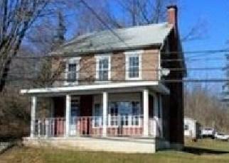 Foreclosed Home en W MAIN ST, Bath, PA - 18014