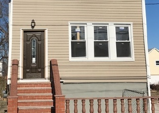 Foreclosed Home in BURCHELL AVE, Arverne, NY - 11692