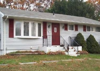 Foreclosed Home en ROCKAWAY AVE, Waterbury, CT - 06705