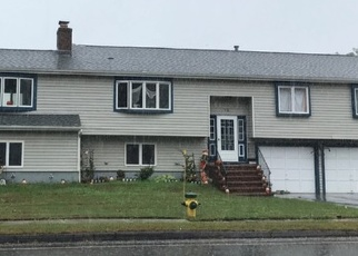 Foreclosed Home in PLATT AVE, West Haven, CT - 06516