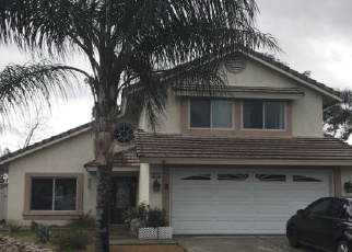 Foreclosed Home en PALM VIEW LN, Highland, CA - 92346