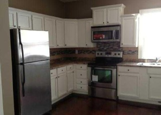 Foreclosed Home en CONCORD ST N, South Saint Paul, MN - 55075