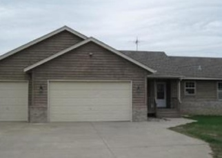 Foreclosed Home en 331ST AVE NW, Cambridge, MN - 55008