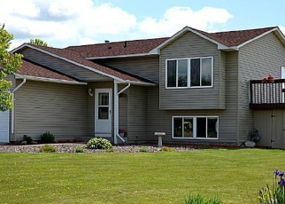 Foreclosed Home en 10TH ST SW, Braham, MN - 55006
