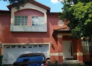 Foreclosed Home en NW 85TH AVE, Hialeah, FL - 33015