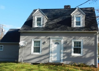 Foreclosed Home en LYCOMING CREEK RD, Cogan Station, PA - 17728