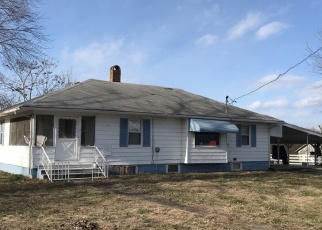 Foreclosed Home in STATE HIGHWAY 34, Benton, IL - 62812