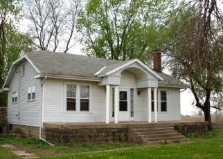 Foreclosed Home in CATON FARM RD, Plainfield, IL - 60586