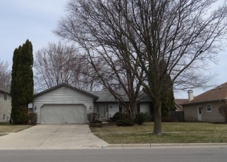 Foreclosed Home in N LYLE AVE, Elgin, IL - 60123